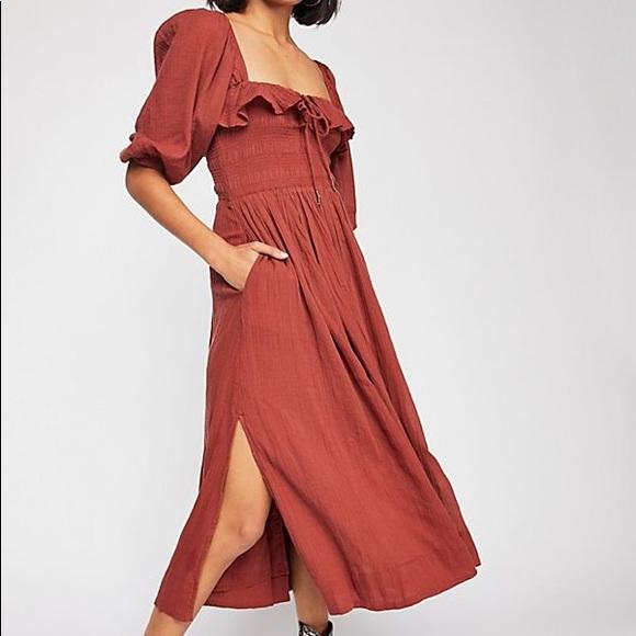 8309200a2e9 Free People Dresses   Skirts - Free People Oasis midi dress